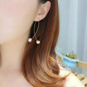 Gold and Pearl lightweight earrings